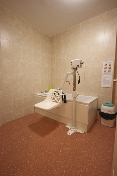 Rooms and Facilities